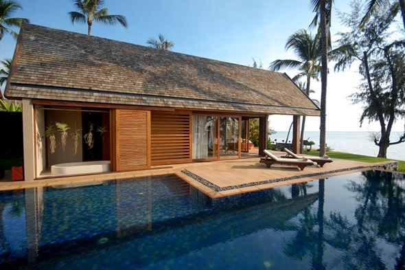 Nestled on the west coast of samui baan puri luxury beach villa is one of only a handful of exclusive villas hidden away in one of the islands less
