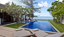The Emerald Beach Villa 2 Promotion