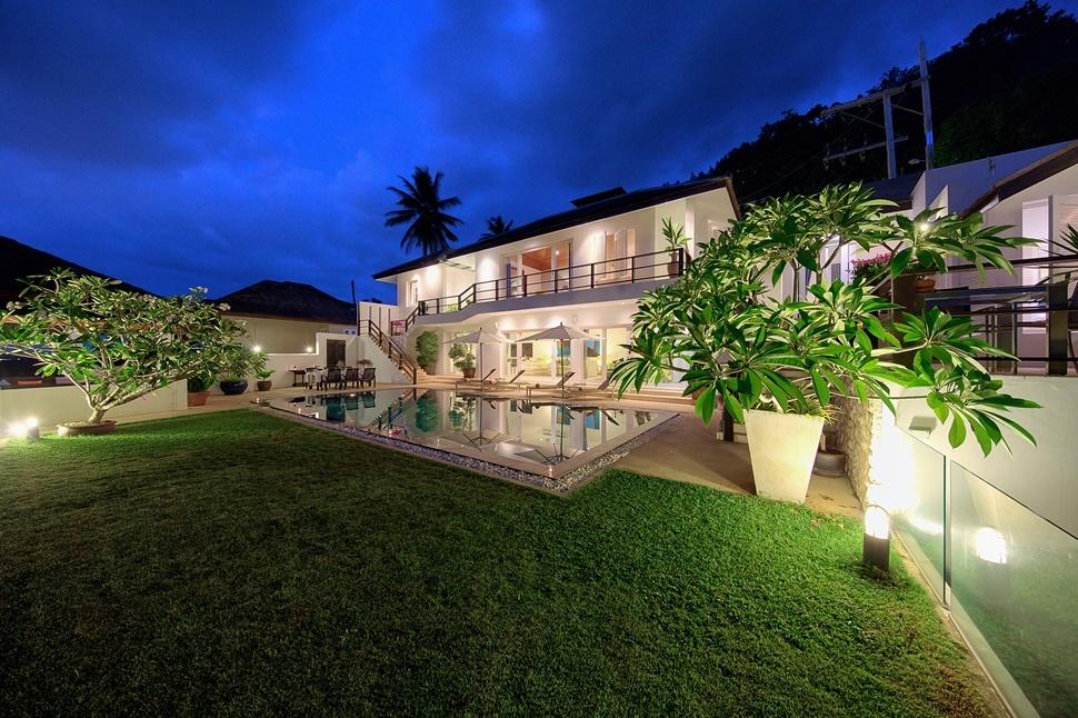 Villa-Mullion-Cove-0