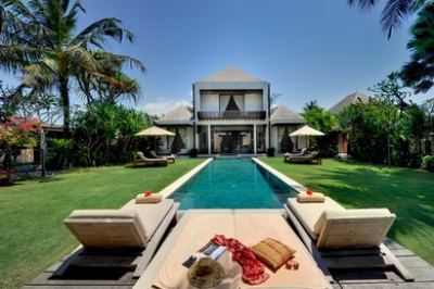 Majapahit - Villa Maya