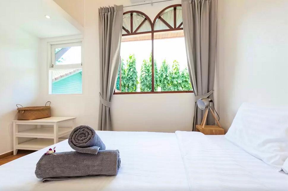Modern Traditional Thai villa 160M2